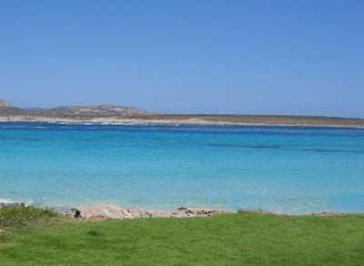 Sardinien_best_beaches_Spiaggia-La-Pelosetta_stintino