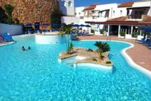 Sardinia_holidays_best_hotels_resorts_cheap_villas_sardinia_with_swimming_pool