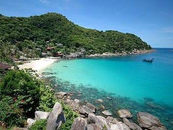 ao-leuk-bay-koh-tao-keep-calm-and-travel