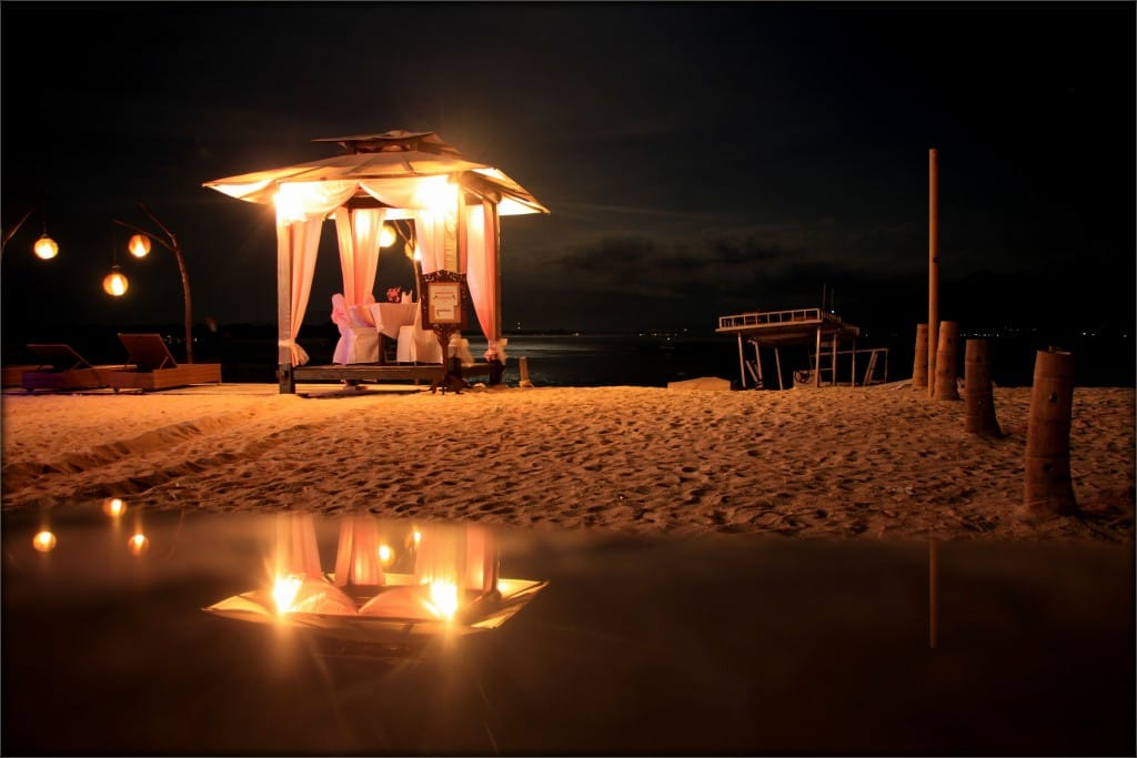 Romantic dinner at Gilis