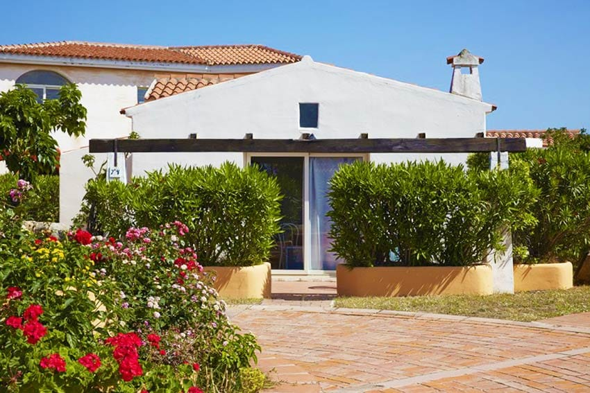 Sardinia_holidays_for_families_Sardinia_Family_Holidays_with_kids_Lu-Nibareddu-villa