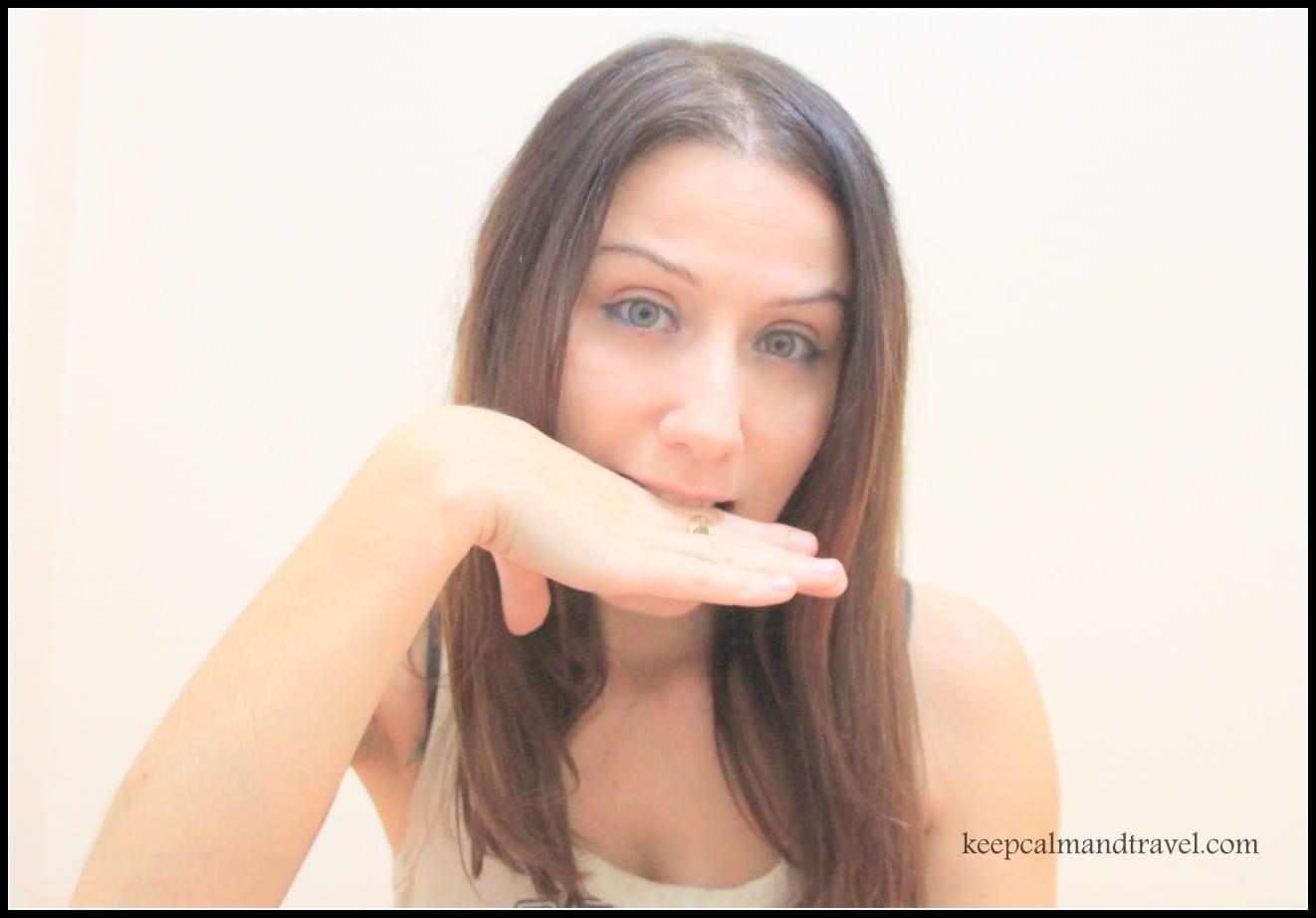 Italian_Gestures_If-i-catch-you-i-kill you_Clelia-Mattana_keep-calm-and-travel