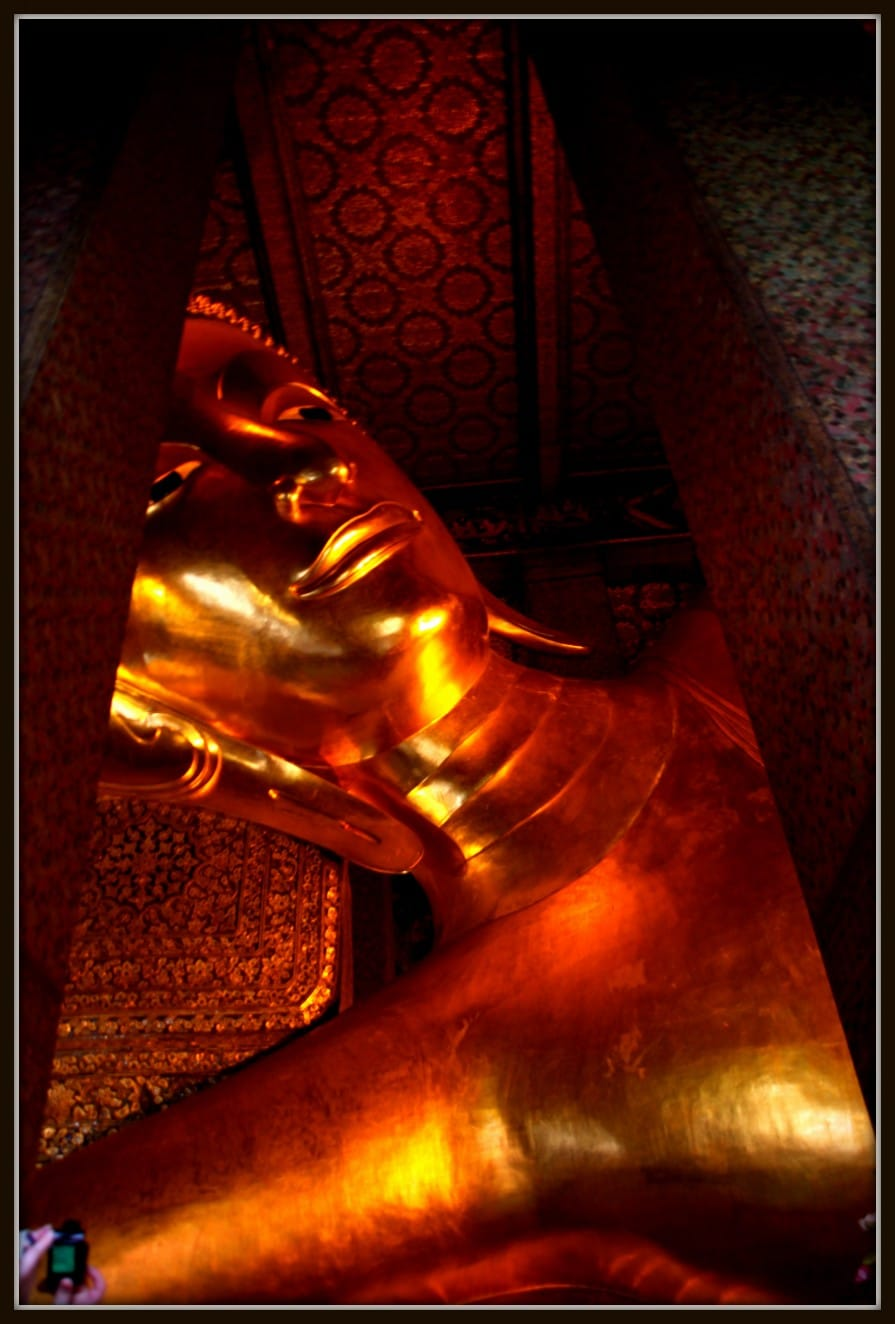 Giant Reclined Buddha at Wat Pho