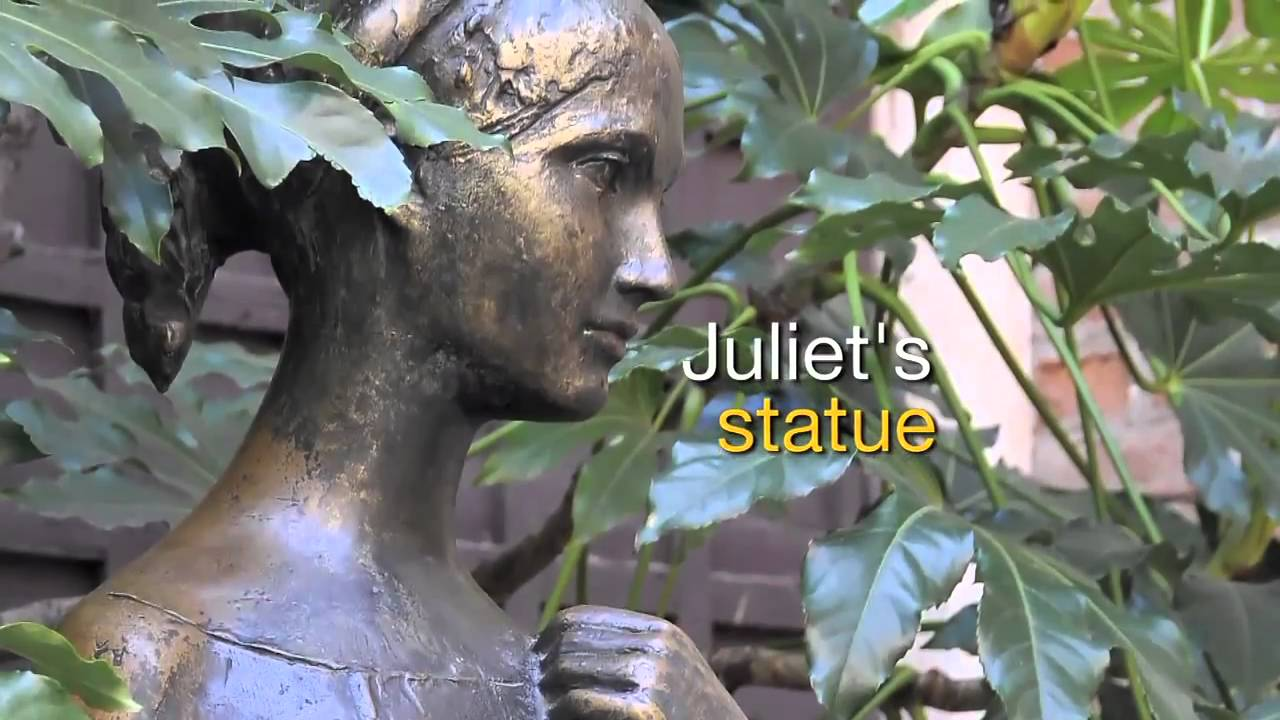 juliet's statue in verona and her famous boob