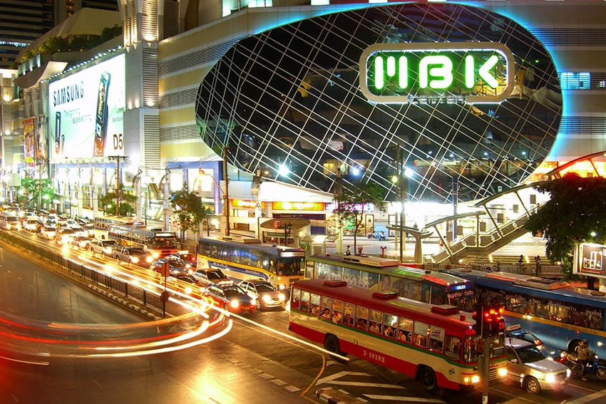 bangkok-mbk-shopping-centre-by-bus
