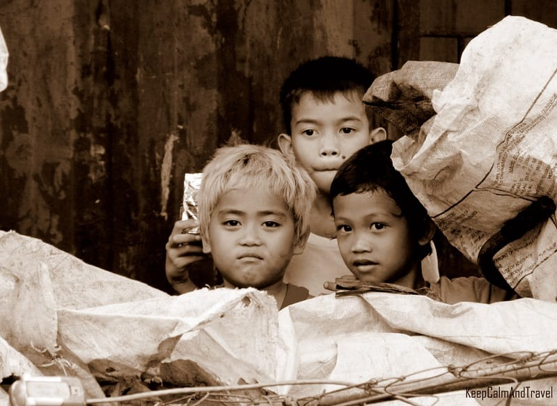 kids in the philippines, manila slums, kids black and white, asian kids, children, filipino kids, filipino children