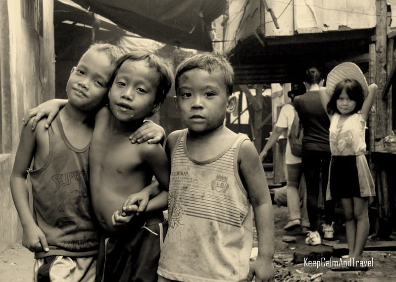 Manila slums, kids in the slums of manila, black and white portraits of kids in the slums