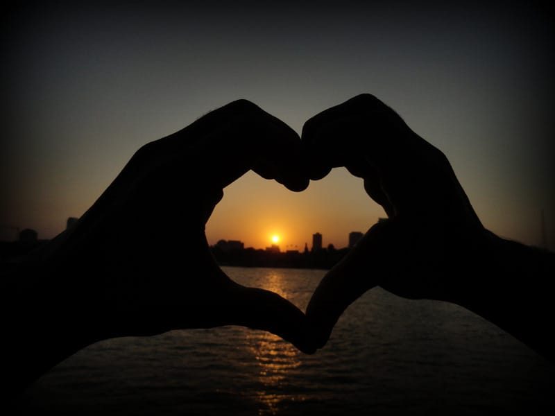 Heart over a beautiful sunset at Cairo - Egypt, Jaime davila, breakawaybackpacker interview, clelia mattana, keep calm and travel, famous bloggers, popular travel bloggers, sunset Cairo, Cairo sunset, romantic sunset cairo, egypt