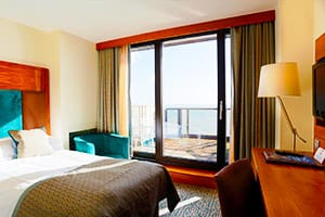 Eastbourne-Centre-THE-VIEW-Hotel-Charming-Double-Room-HOLYDAYS-IN-SOUTH-UK-COAST