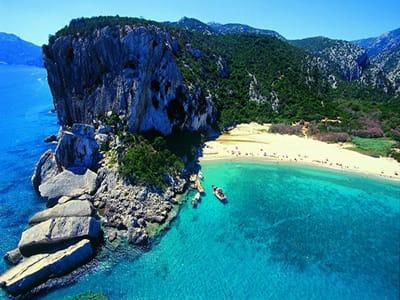 golfo-di-orosei-cala-gonone-area-sardinia-holidays-best-places