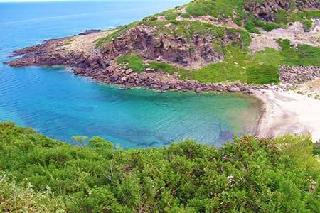 sardinia-holidays-castelsardo-cala-ostina-beach