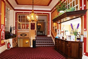 QUEENS-HOTEL-EASTBOURNE-BEST-PLACES-TO-STAY-FOR-YOUR-HOLIDAY-IN-SOUTH-UK