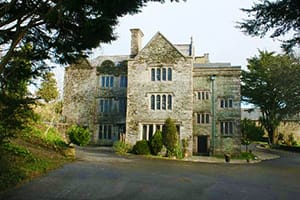 boringdon-hall-hotel-PLYMOUTH-BEST-PLACES-TO-STAY-IN-PLYMOUTH-FOR-YOUR-HOLIDAYS-ON-THE-SOUTH-UK-COAST