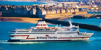 brittany-ferries-poole-to-france-holidays-things-to-do-on-holiday-on-the-south-coast-of-england-uk