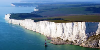 eastbourne-beachy-head-south-uk-holidays-places-to-see-in-the-uk-south-coast-england