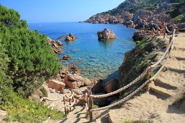 sardinia_holidays_in_one_week_itinerary_map_north_sardinia_le_sorgenti_beach_costa_paradiso_best_beaches_what_to_do_what_to_see_best_hotels_near_costa_paradiso_sardinia
