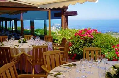 baga-baga-restaurant-castelsardo-sardinia-holidays