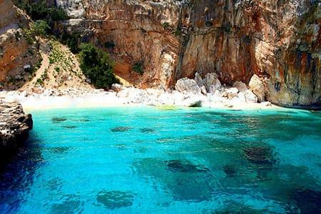 sardinia-best-beaches-Cala-mariolu-beach-golfo-di-orosei-sardinia-holiday