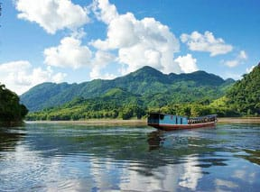 slow-travel-by-boat-mekong-river