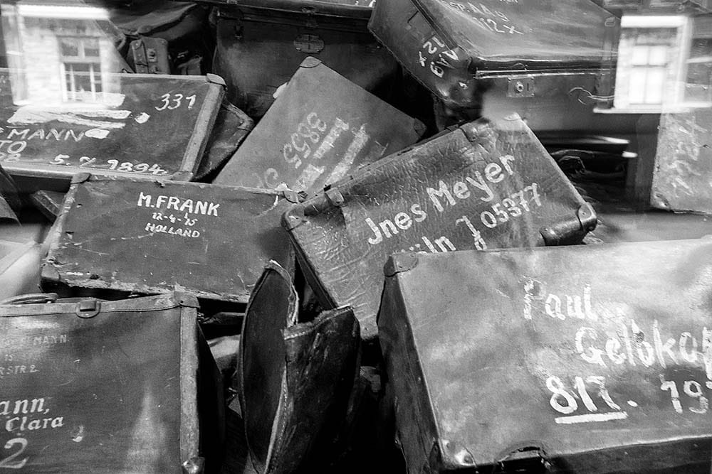 visit_Auschwitz_Birkenau_concentration_camps_holocaust_images_prisoners_belongings_suitcases_luggage