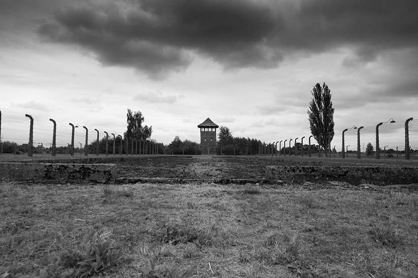 visit_Auschwitz_Birkenau_concentration_camps_holocaust_images_inside_birkenau_