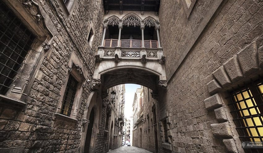 barcelona-the-gothic-quarter_top_10_things_to_do_in_barcelona