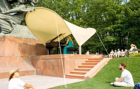 concert-chopin-warsaw-laziensky-park