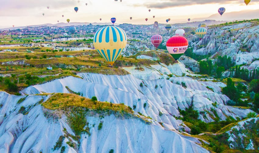HOT_AIR_BALLOONS_CAPADOCCIA_SUNRISE_TURKEY_THINGS_TO_DO_WHAT_TO_SEE_IN_ONE_WEEK