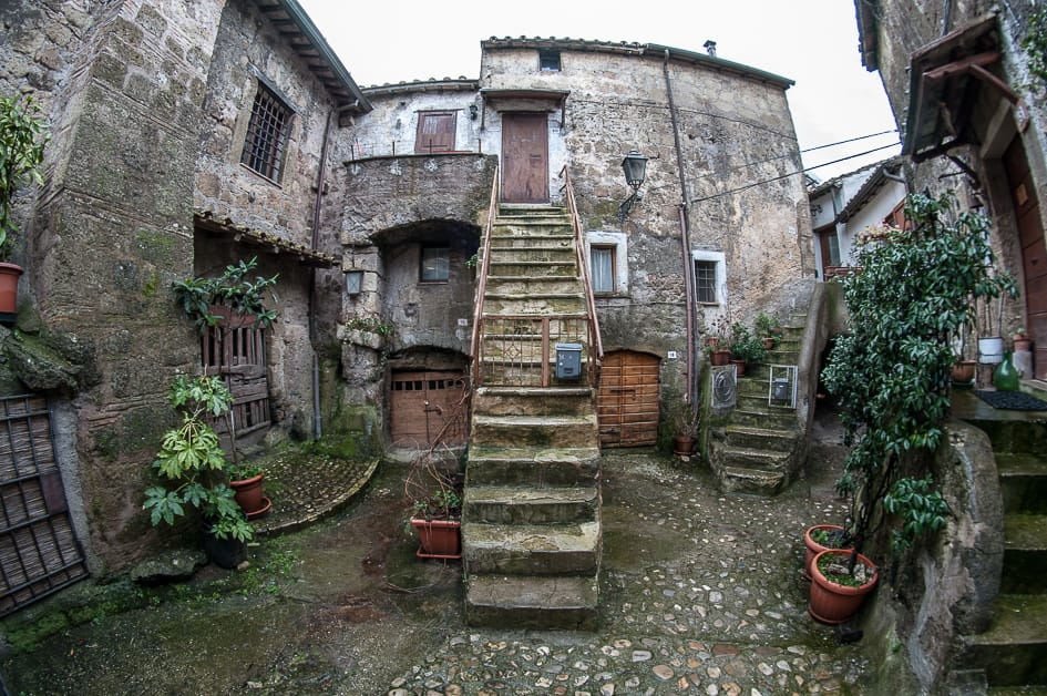 rome_calcata_things_to_do_in_summer_in_rome_and_surroundings