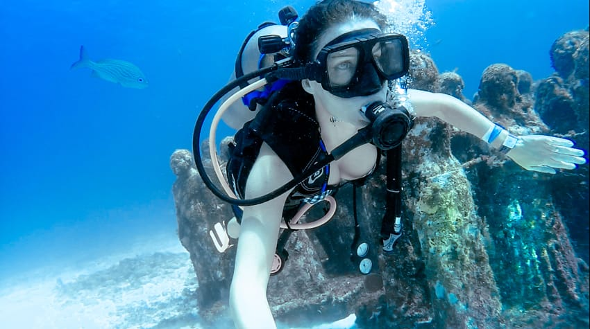 mexico_underwater-museum-cancun_scuba_diving