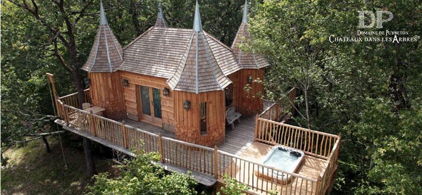 Top_Tree_houses_hotels_France_Chateaux-Dans-Les-Arbres