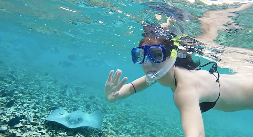Belize_best_snorkeling_tours_manta_ray_clelia_mattana_keep_calm_and_travel