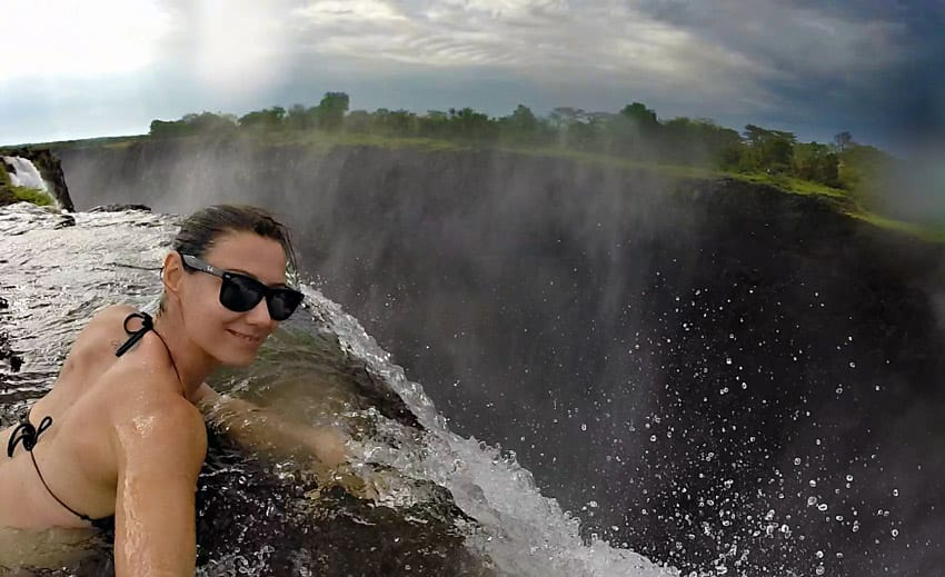 Devils-pool_Victoria-falls_Zambia_Travel_guide_adventure_travel