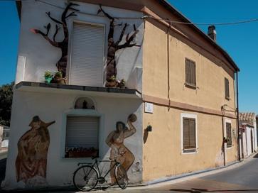 SARDINIA-ITALY-CULTURE-STREET-ART-MURALS-SAN-SPERATE