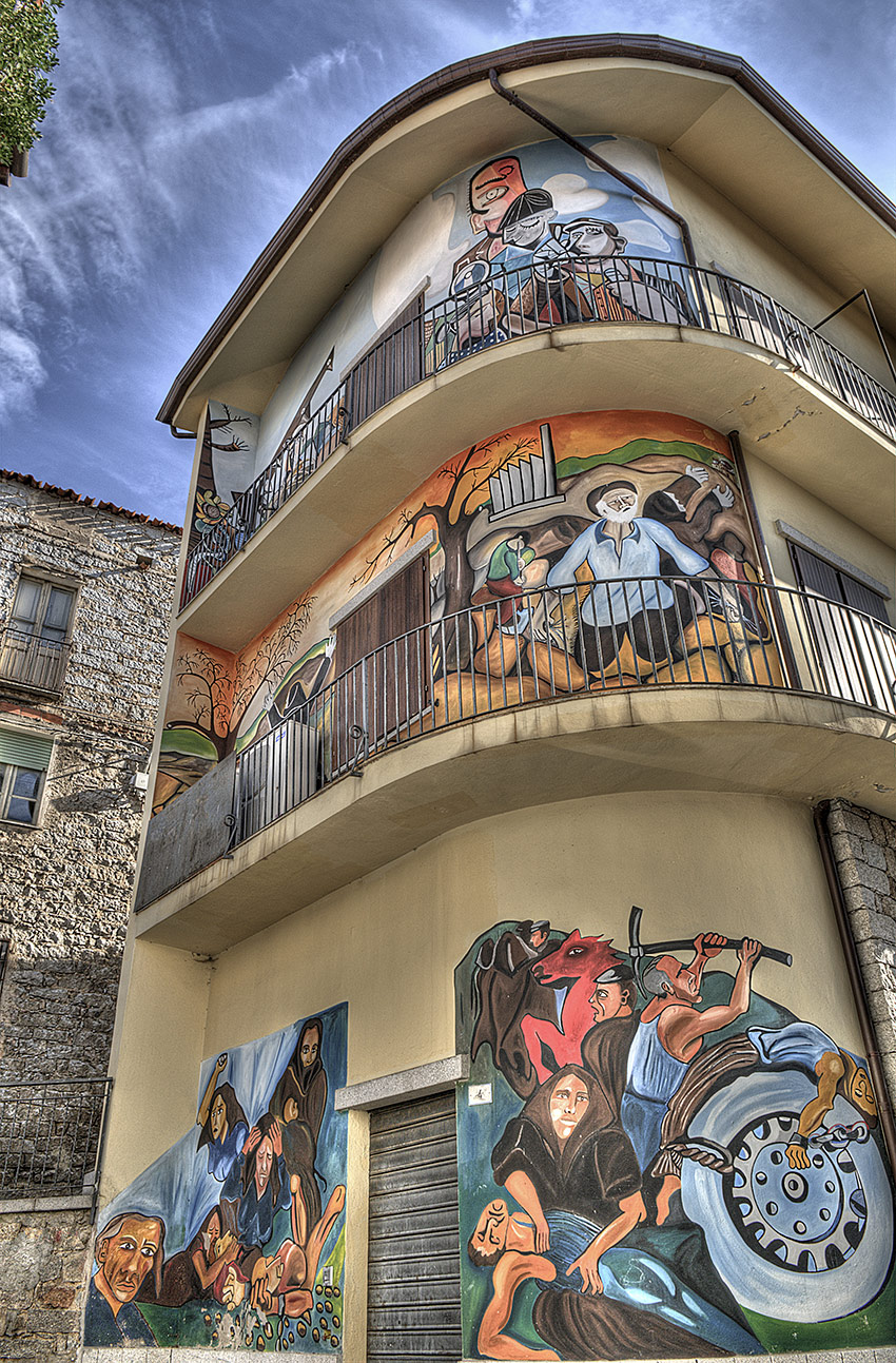things-to-do-in-sardinia-winter-orgosolo-murals