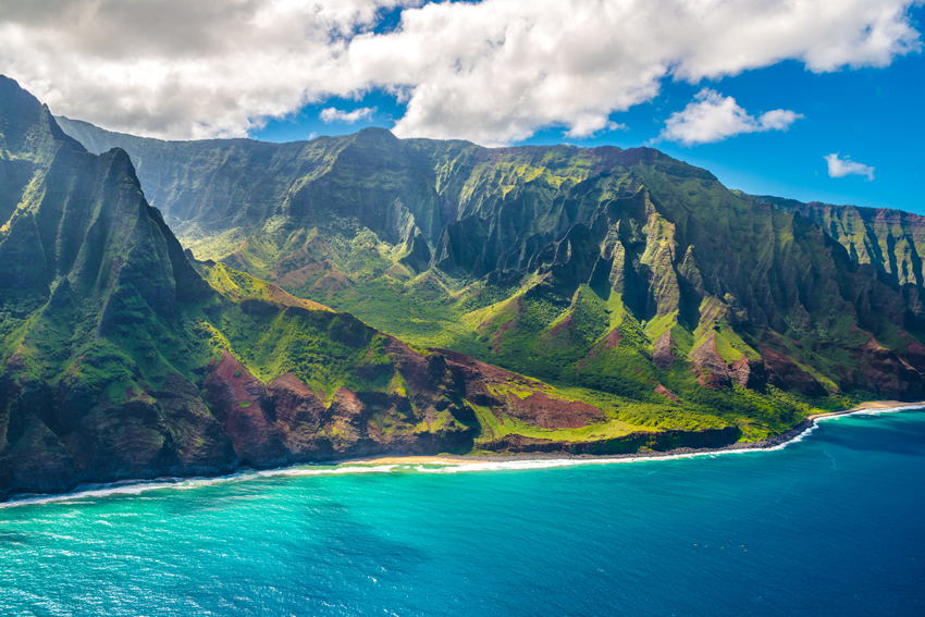 HAWAII-View-on-Napali-Coast-on-Kauai-island-on-Hawaii-holidays-ideas