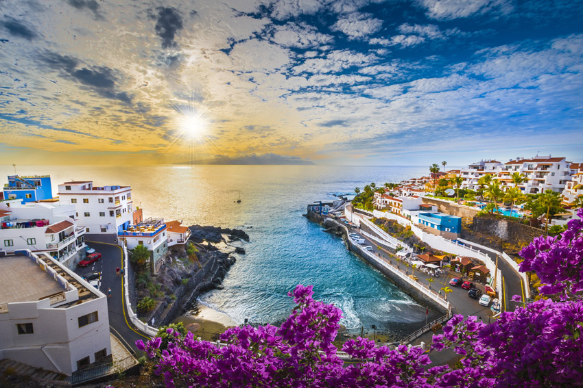 TENERIFE-CANARY-ISLANDS-BEST-THINGS-TO-DO-Sunrise-in-Puerto-de-Santiago-city,-Tenerife,-Canary-island,-Spain