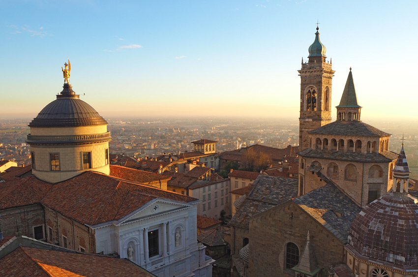 Bergamo-old-city-italy-vacations