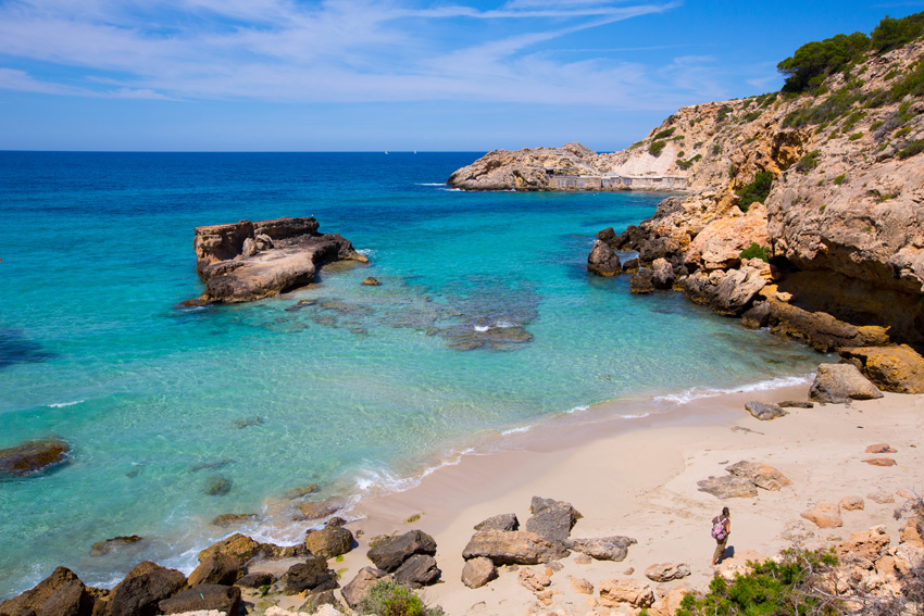 best-beaches-ibiza-baleares-balearic-islands-spain-cala-tarida-Ibiza