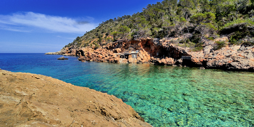ibiza-best-beaches-cala-xuclar-beach-balearic-islands-spain