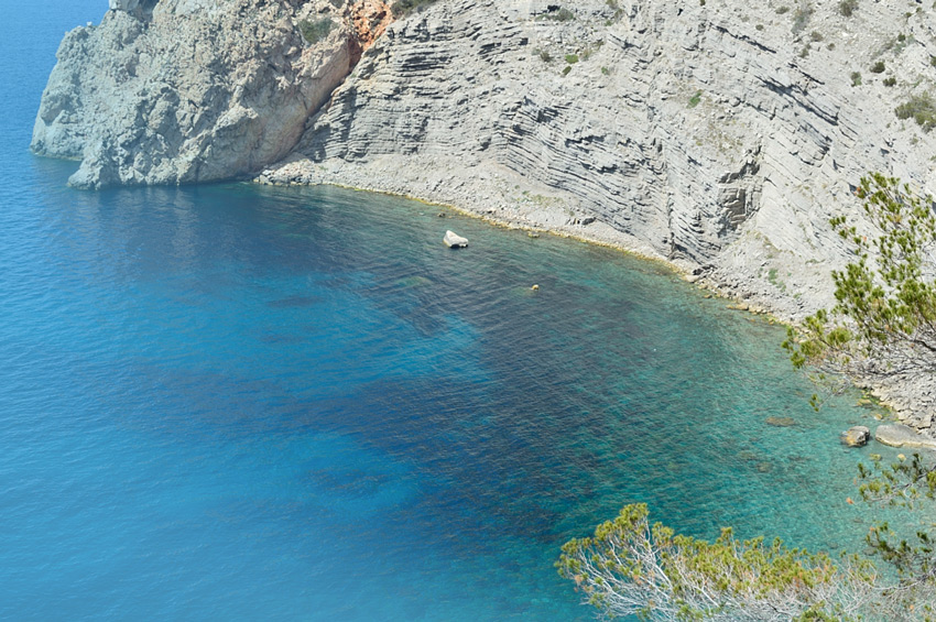 ibiza-beaches-Ses_Balandres-spain