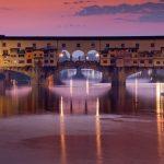 Italia-Road-Trip-Firenze-Toscana-panoramico-vista-del-ponte-vecchio-di-notte