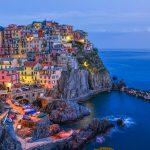 Italia-strada-TRP-Manarola-villaggio-in-le-Cinque-Terre-Liguria-Italia