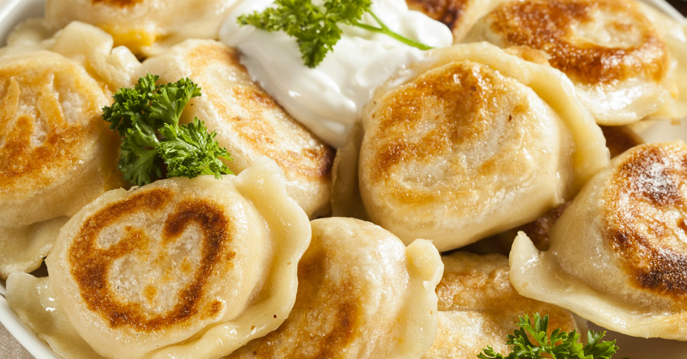 BEST-DISHES-AND-FOOD-IN-EUROPE--POLAND-PIEROGI