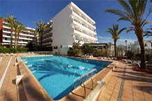 IBIZA-SPAIN-BEST-BEACHFRONT-HOTELS