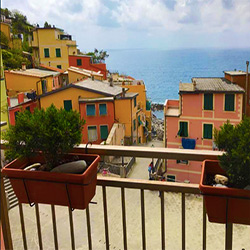 CINQUE-TERRE-BEST-HOTELS-AND-APARTMENTS-ITALY-VACATIONS