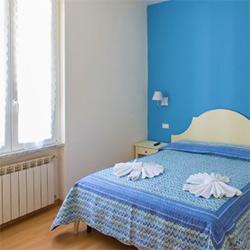 best-hotels-cinque-terre-riomaggiore-italy-vacation