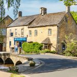 Bourton_on_the Water_Holidays_in_The_Cotswolds_Uk_villages_towns