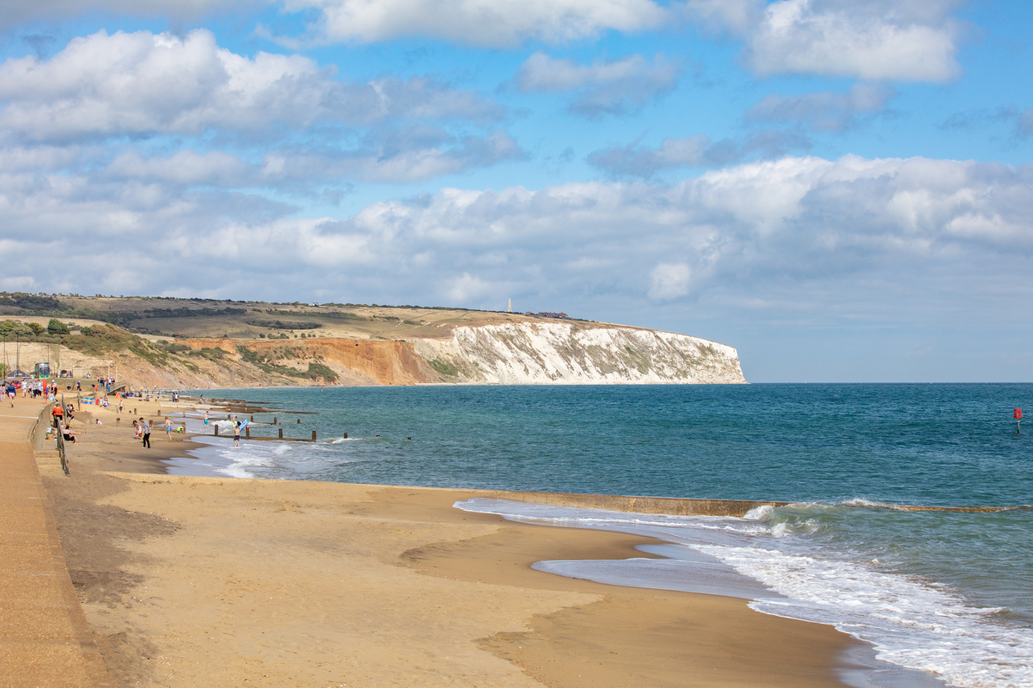 Isle_of_wight_best_beaches_Sandown-beach
