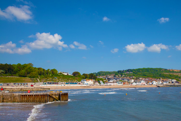 Lyme-Regis-best-beaches-Dorset-uk